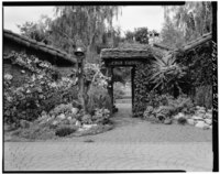 ENTRANCE FROM COURTYARD, LOOKING WEST - Casa Tierra, 15231 Quito Road, Saratoga, Santa Clara County, CA HABS CAL,43-SARA,1-1.tif