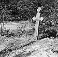 Een graf in de Jodensavanna. Opschrift George J. Smelde (1863-1935), Bestanddeelnr 252-6456.jpg