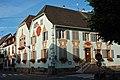 Eguisheim Hostellerie des comptes - panoramio.jpg