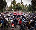 El circo convierte un parque de Carabanchel en un homenaje al amor y a la cultura underground 06.jpg