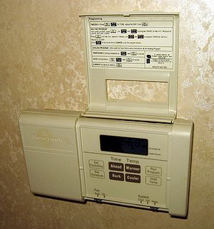 English: A residential electronic thermostat