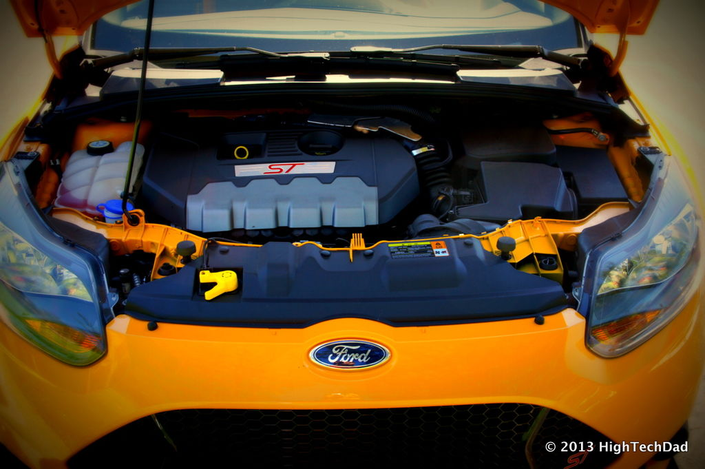 File:Engine Front View - 2013 Ford Focus ST (10062650254 ...