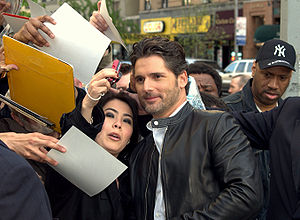 Autograph - Actor Eric Bana autographing and posing with fans at the 2009 Tribeca Film Festival.