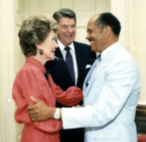 Eugene Allen - Eugene Allen with Ronald and Nancy Reagan