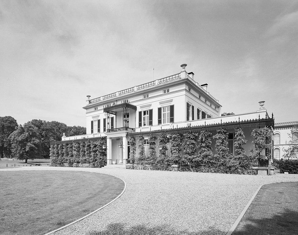 File exterieur villa woonhuis commandant overzicht for Exterieur villa