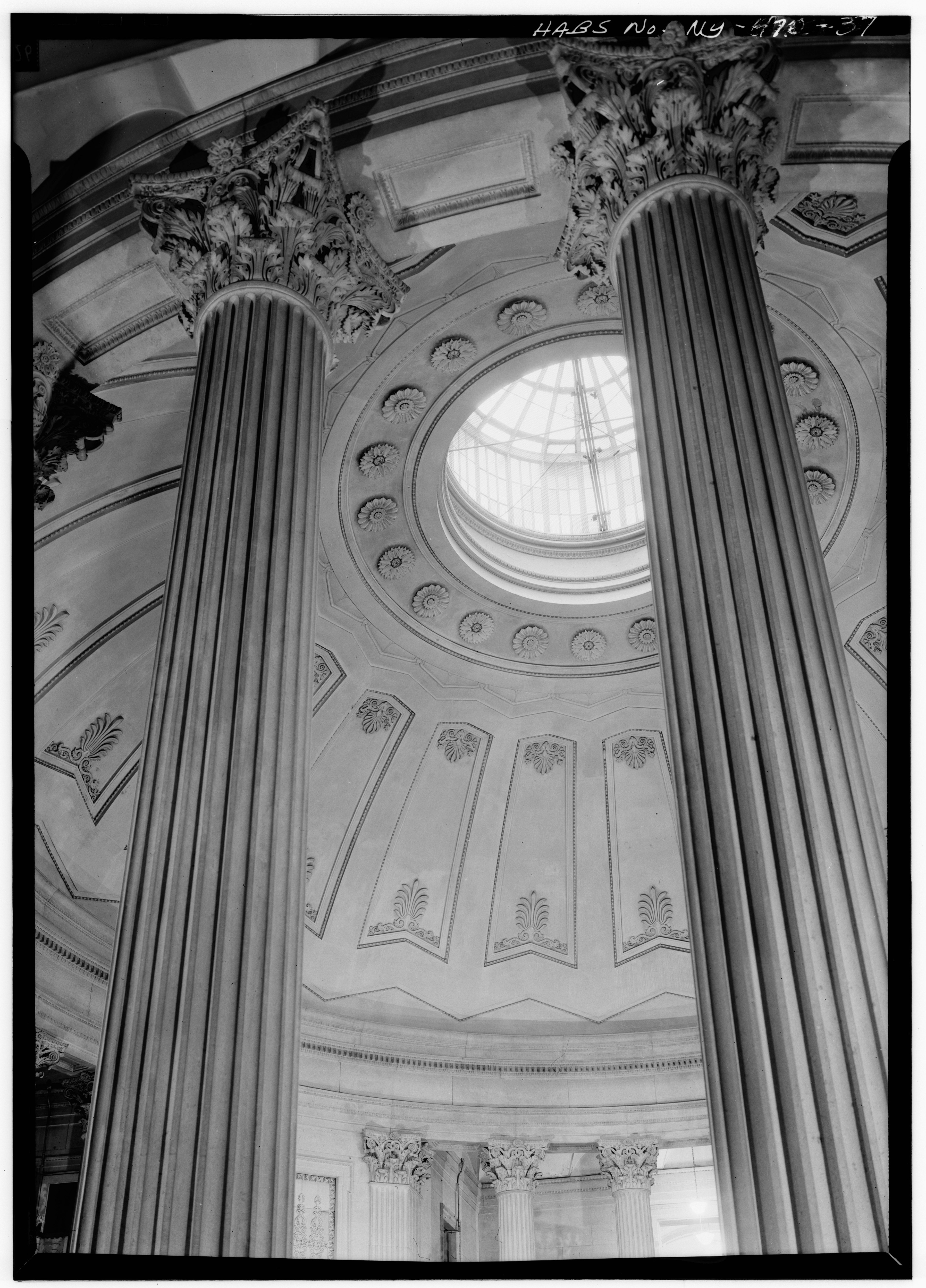 File first floor colonnade of rotunda u s custom for 14 wall street 23rd floor