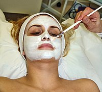 Facial - Wikipedia, the free encyclopedia