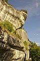 Falaise Eyzies Dordogne.jpg