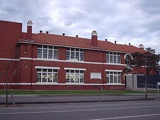 Fitzroy North, Victoria - Fitzroy High School