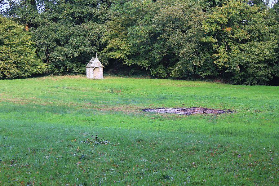 Fontaine Saint-Clair (Réguiny): vue générale de localisation