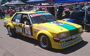 1984 James Hardie 1000 - Image: Ford Falcon (XD) Willmington & Griffin