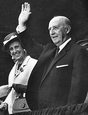 Carmen Polo, 1st Lady of Meirás - Carmen Polo with Francisco Franco, 1968