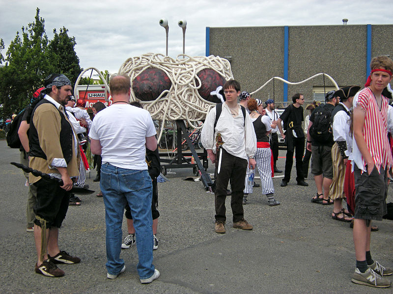 Religiones Excéntricas 800px-Fremont_Fair_2009_pre-parade_28