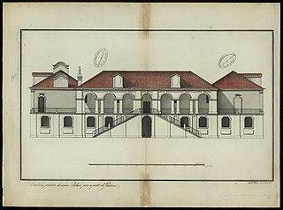 Frontaria posterior do mesmo palácio para a parte do jardim