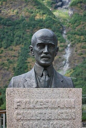 Ingolf Elster Christensen - Memorial statue of Christensen in Flåm