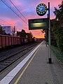 Gare de Saint-Maurice-de-Beynost et joli ciel (levée du soleil) en octobre 2020 (2).jpg