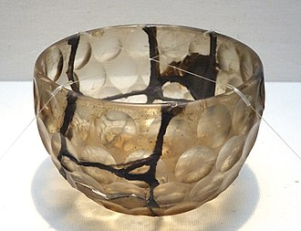 Japanese craft - Glass bowl, Kofun period, 6th century, perhaps from the tomb of Emperor Ankan, in Habikino, Osaka