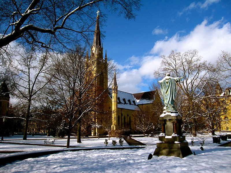 File:God Quad in the Winter with a view of the Basilica of the Sacred Heart.JPG