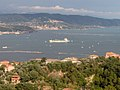 Golfo di La Spezia - Nave in porto.JPG