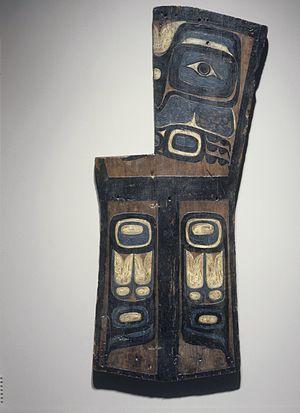 Kwakwaka'wakw - Grave Marker, Gwa'sala Kwakwaka'wakw (Native American), late 19th century, Brooklyn Museum