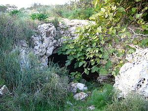 Montursi - A cave on Montursi toppa