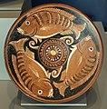Gruppo dell'ippocampo, piatto per pesce, apulia (canosa) 350-325 ac ca.jpg