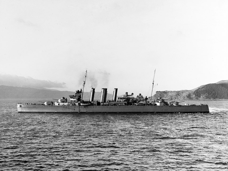 HMAS Canberra (D33) leaving Wellington, New Zealand, on 22 July 1942 (80-G-13454-A)