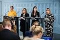 Hallituksen tiedotustilaisuus koronavirustilanteesta ja varautumisesta Suomessa 27.2.2020 (49591977257).jpg