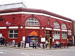 Hampstead station (2843947388).jpg