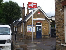 Hampton station building.JPG