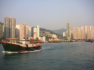 Tin Wan - Tin Wan (left) and Aberdeen (right)