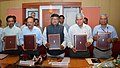 Harsh Vardhan and the Union Minister for Communications & Information Technology and Law & Justice, Shri Ravi Shankar Prasad signed a Memorandum of Understanding (MoU) for mainstreaming AIDS in Communications, in New Delhi.jpg