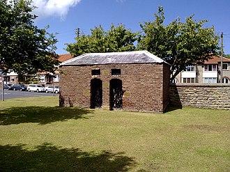 Hunmanby - The village lock-up on Stonegate