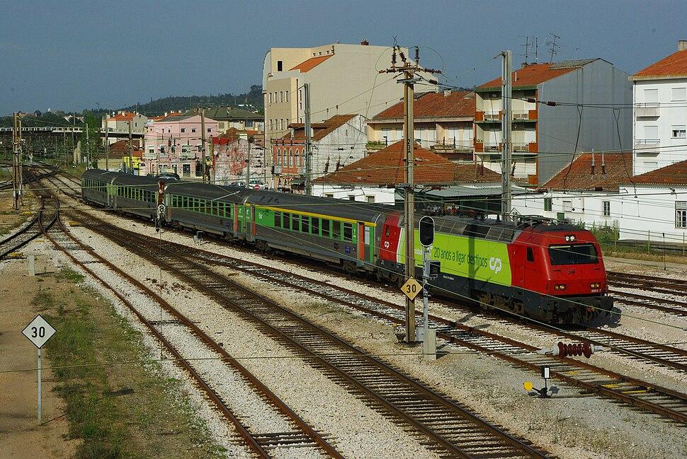 Intercidades with 5604 at Entroncamento