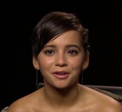 Isabela Moner 2017 (close-up crop).png