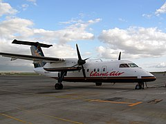 De Havilland Canada DHC-8 Dash-8 linii Island Air