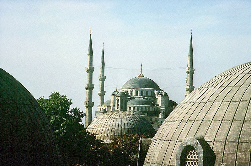 المسجد الأزرق تركيا 800px-Istanbul-Sulta