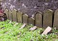 Jüdischer Friedhof Weißenburgstraße Grabsteine aus Neviges.jpg