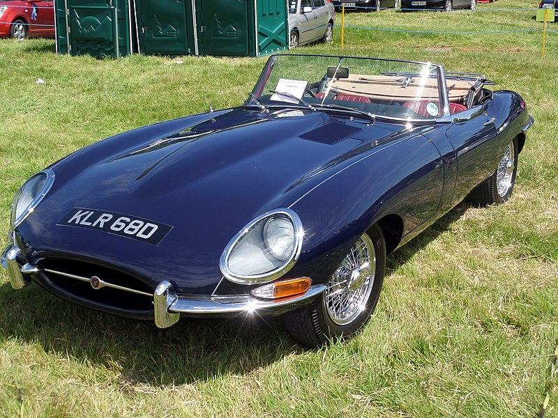 File:Jaguar E Type Roadster 4.2 Series 1 1966 (14375088284 ...