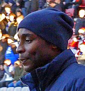 Jason Roberts warming up on the pitch in 2009.