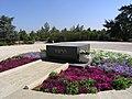 Jerusalem - Theodor Herzl grave.jpg