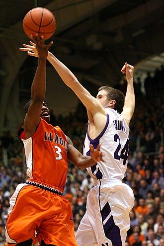 John Shurna - Shurna defends against Brandon Paul of Illinois (1-23-2010)