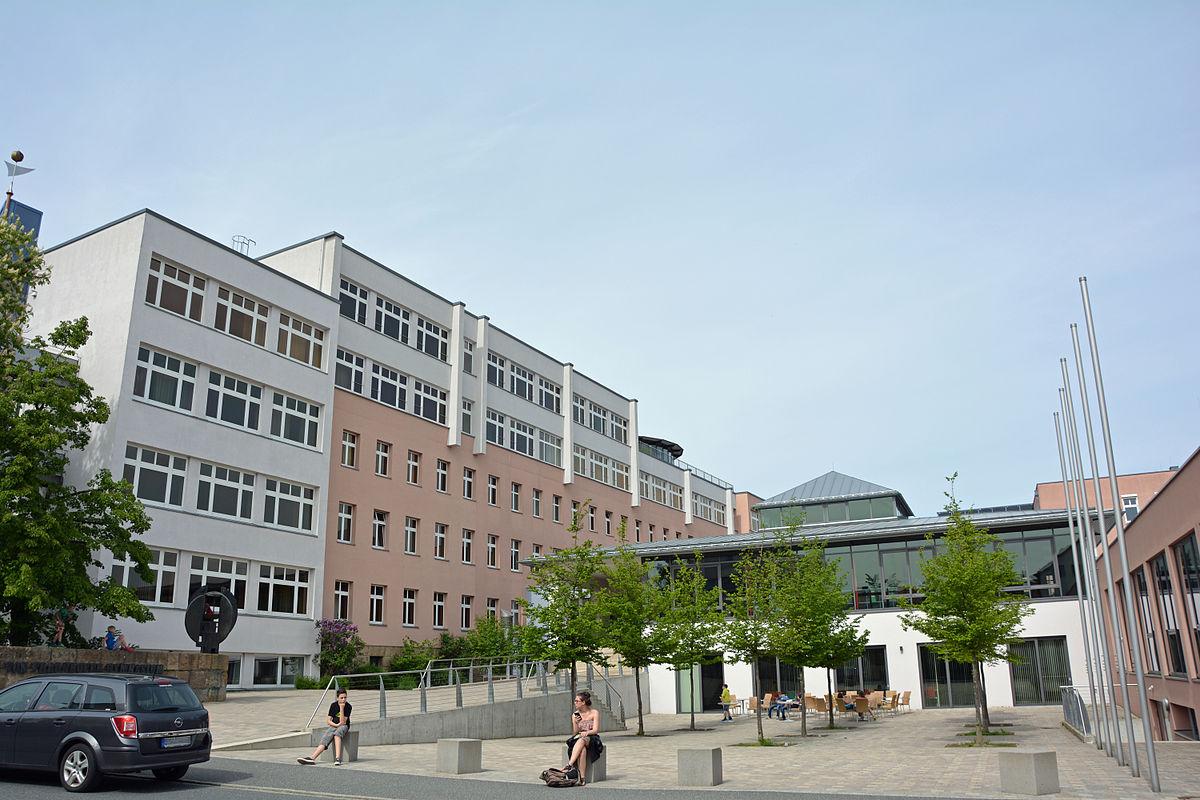 Cham Gymnasium