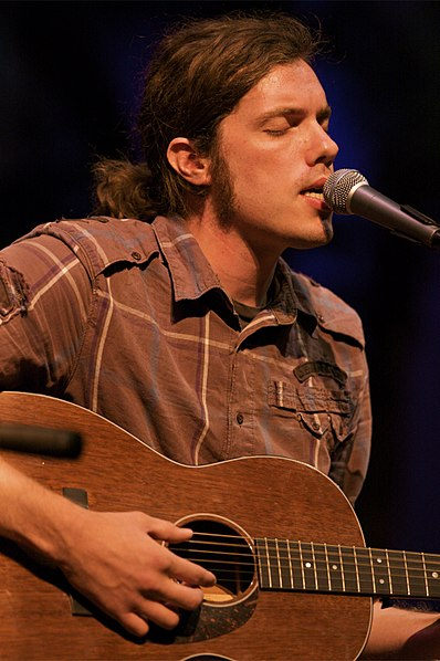 File:Josh Garrels @ Freedom-Up 5 (3833370187).jpg
