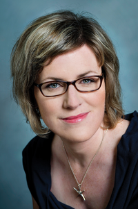 Julie Barlow.png