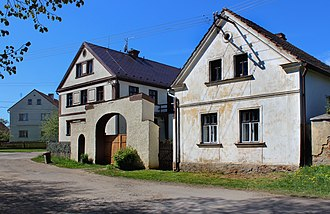Kšice - Houses in the center of the village