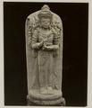 KITLV 28245 - Isidore van Kinsbergen - Sculpture of a four-armed figure at the residency in Kediri - 1866-12-1867-01.tif