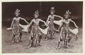 KITLV 2909 - Céphas - Beksan Bondoboyodans at Yogyakarta - Around 1895.tif