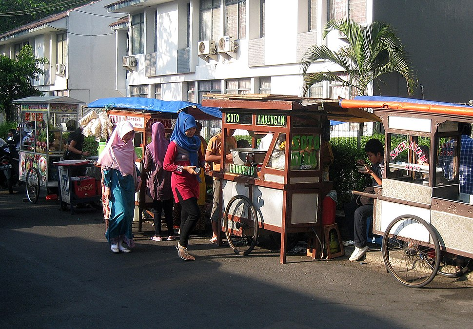 Kakilima street vendors in Jakarta