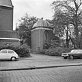 Kapel met koepel bij Hervormde kerk - Alphen aan den Rijn - 20007898 - RCE.jpg